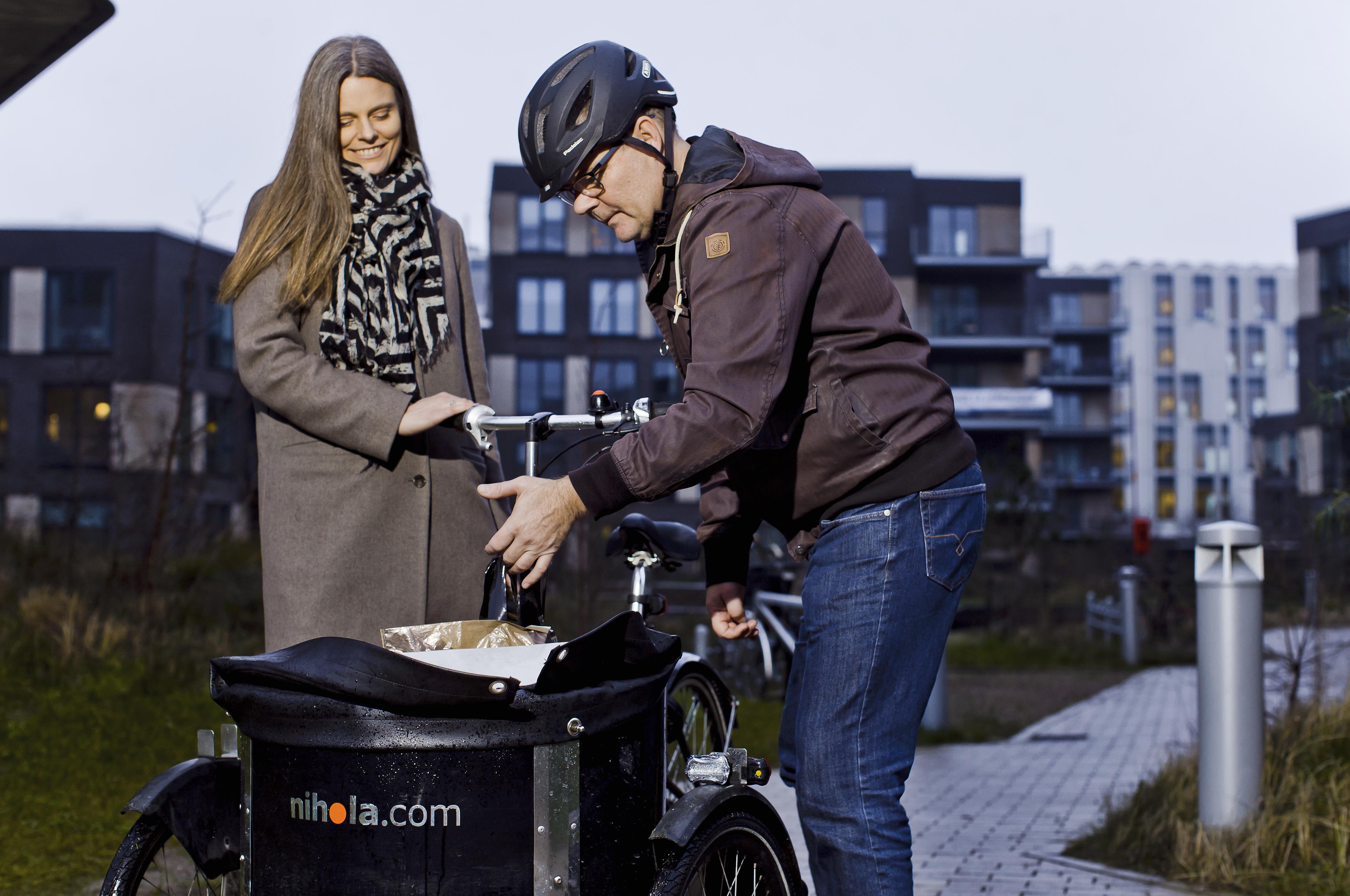 Henrik From fik praktikplads hos investeringsfirmaet SimCorp, hvor han kunne cykle til og fra arbejde. Men først skulle han have struktur på sin hverdag.
