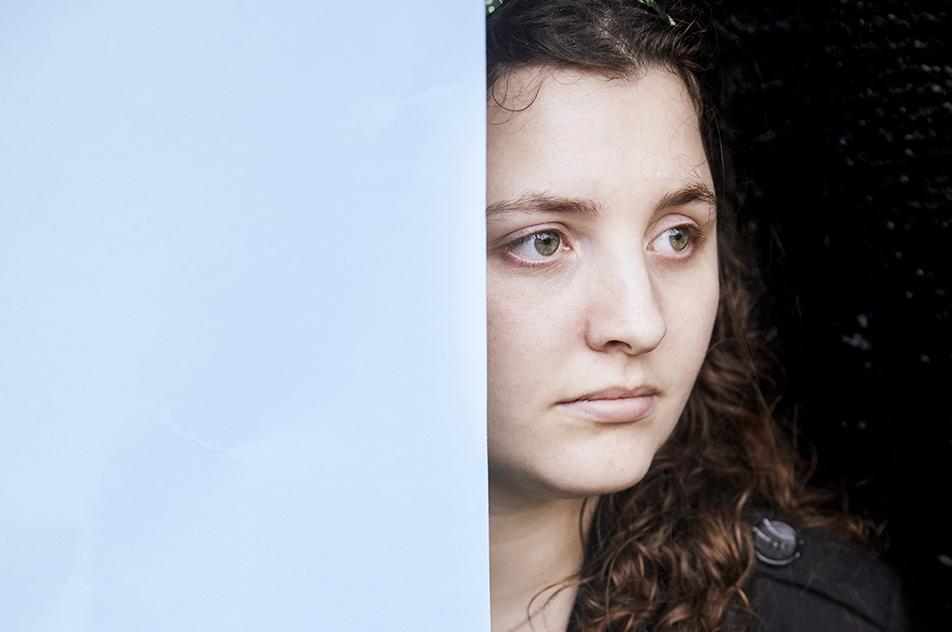 Andrea von Bernstorff har 'udifferentieret skizofreni', men selvom diagnosen i starten syntes altoverskyggende, har hun — med hjælp fra specialergoterapeut Birthe Bruun Olsen — formået at starte på ergoterapeutuddannelsen og bryde tabuet om skizofrene ved at medvirke i en DR3-udsendelse.