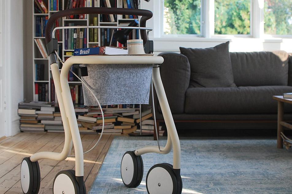 Emil Goschs opfindelse skal hjælpe ældre med at huske deres rollator, så de ikke falder, når de går. Privatfoto