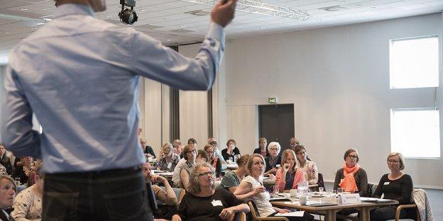 Deltagere på konference om arbejdsmiljøgrupper, foråret 2015 Foto: Heidi Lundsgaard